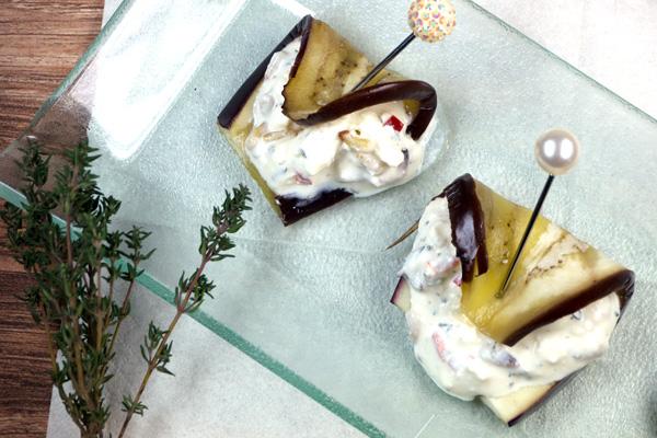Mediterrane Auberginenröllchen mit Feta-Frischkäse