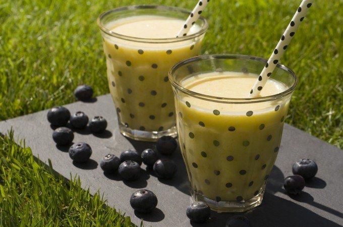 Fruchtiger, indischer Mango-Lassi