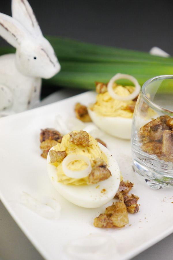 Rezept für Gefüllte Eier mit Walnüssen und Frühlingszwiebeln