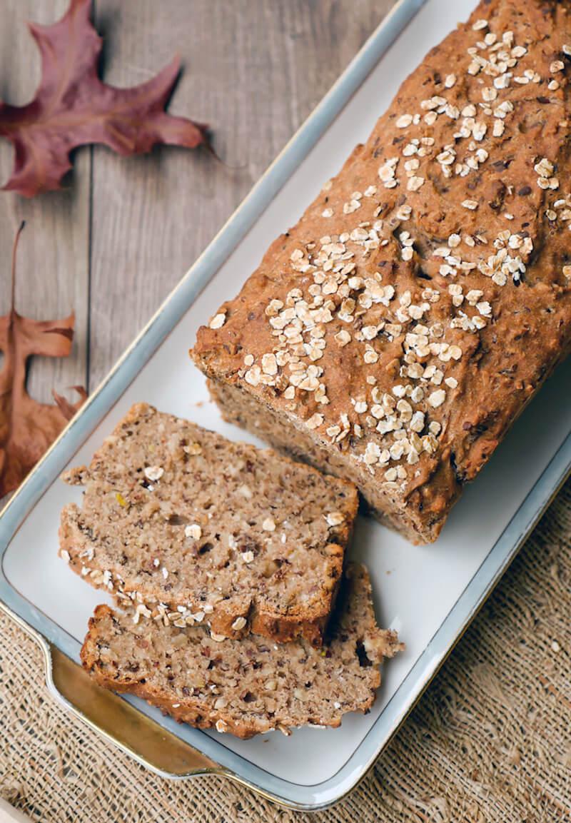 Super saftiges Dinkelrot mit Nüssen und Samen - ein leckeres Brotrezept auch für Kinder