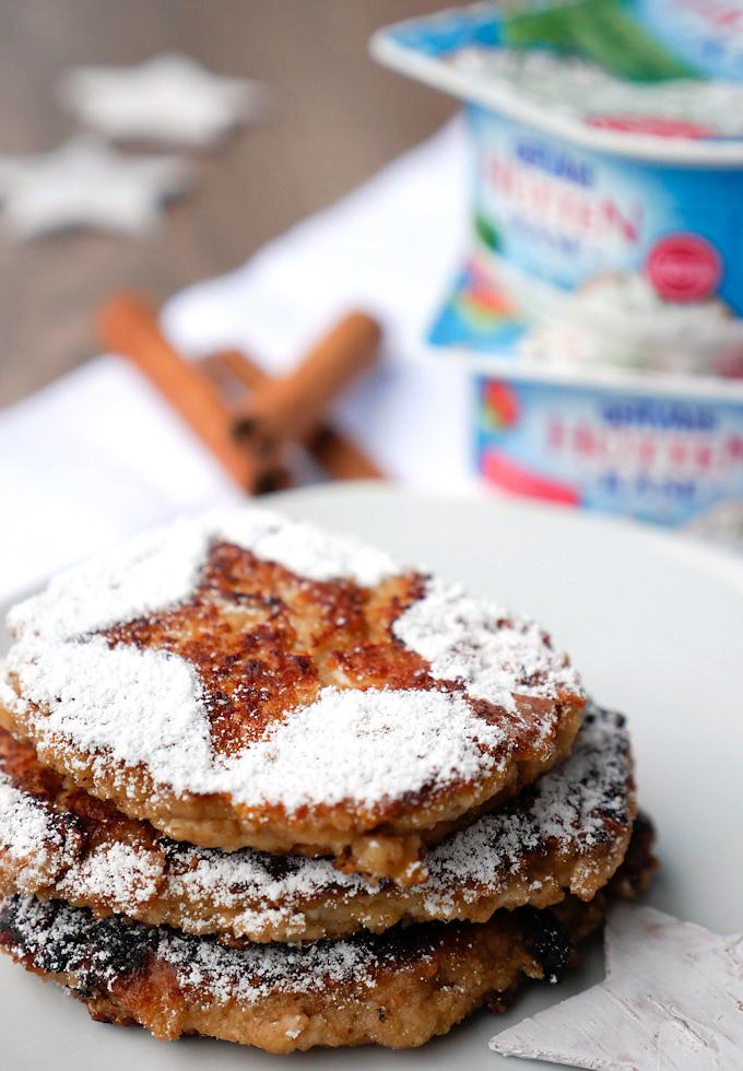 Gesunde Pancakes mit Hüttenkäse und Haferflocken