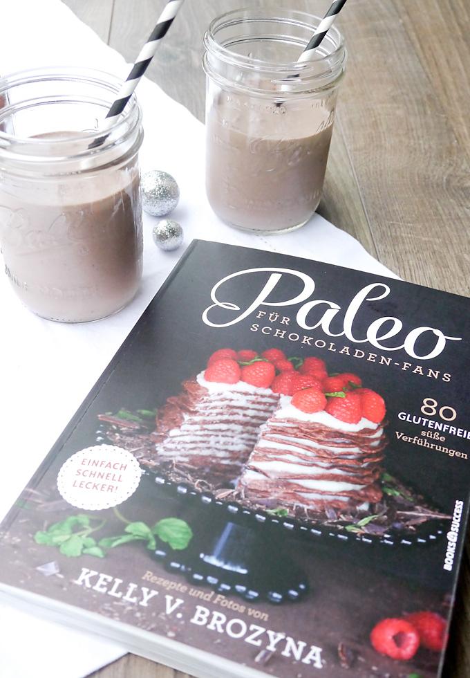 """Schoko-Chia-Shake aus """"Paleo für Schokoladen-Fans"""""""