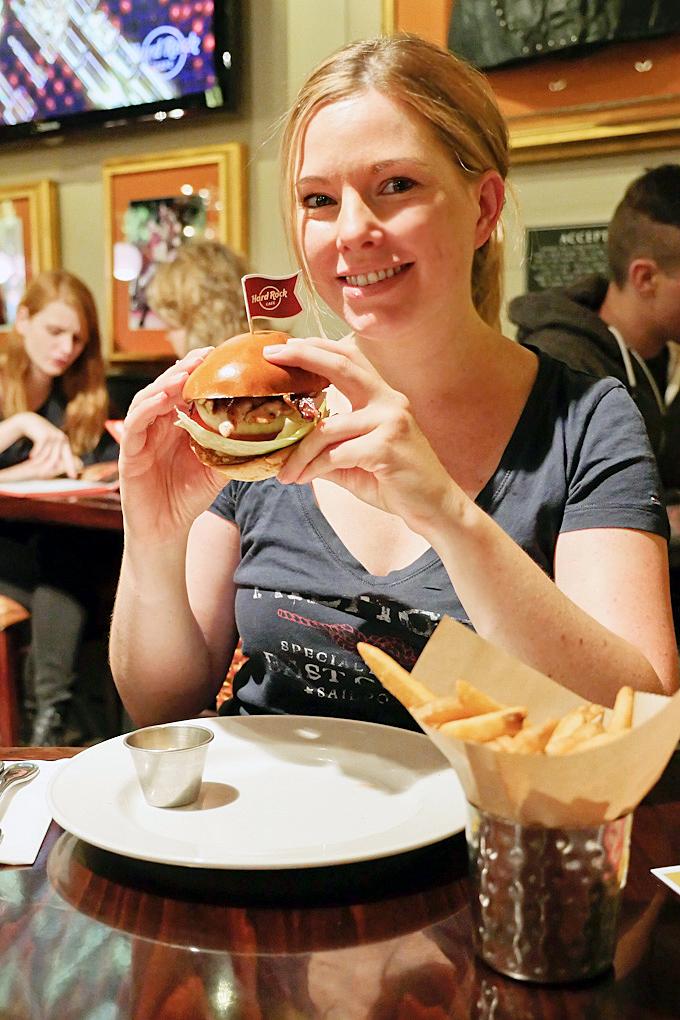 Mein Selbst Kreiierter Chickenburger Im Hard Rock Cafe Köln