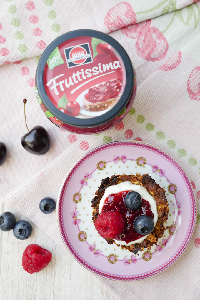 Fruttissima Kirsche und süße Müslicups