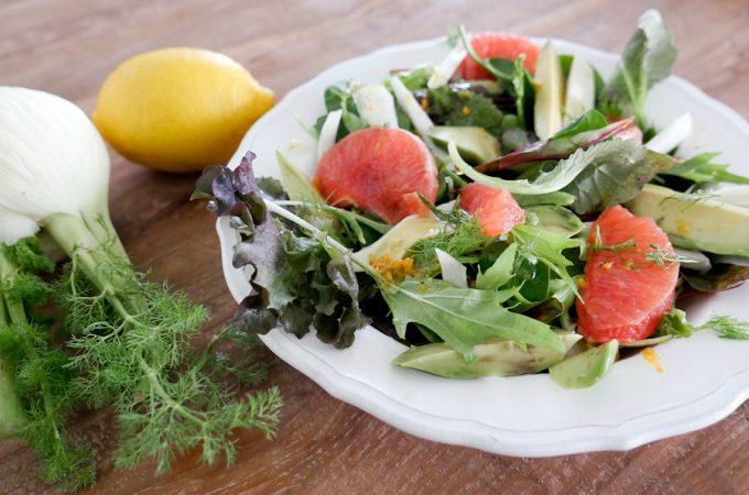 Paleo-Salat mit Grapefruit, Fenchel und Avocado