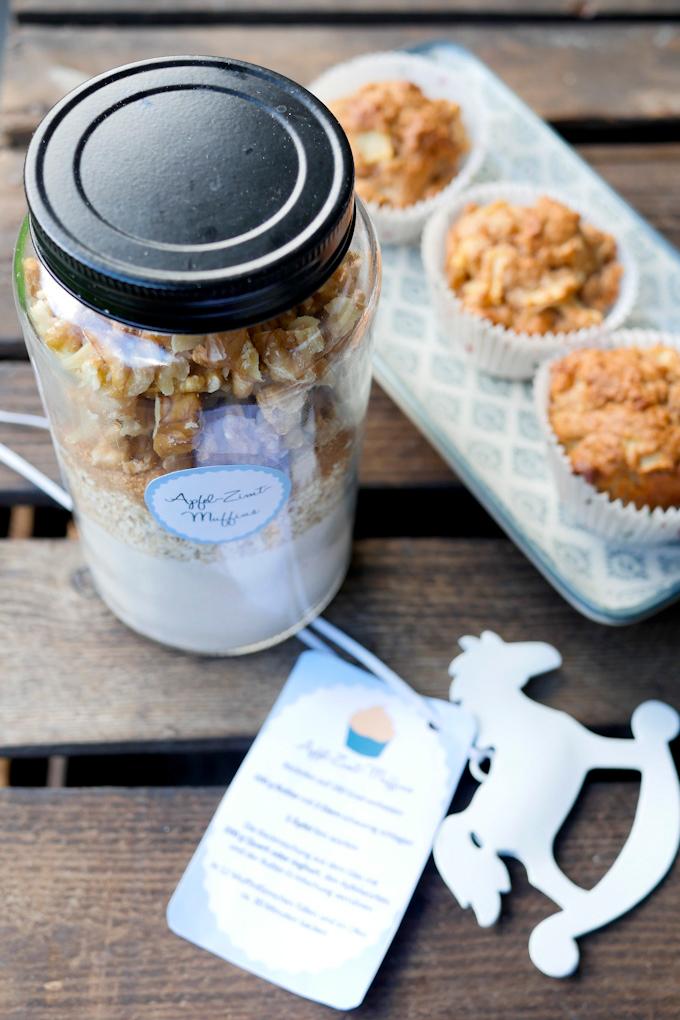 Backmischung für Apfel-Zimt-Muffins mit Walnüssen und Haferflocken
