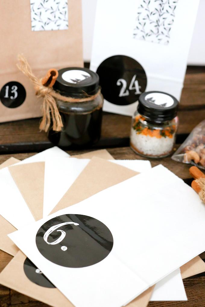 Schlichter Adventskalender zum Selber befüllen von tchibo