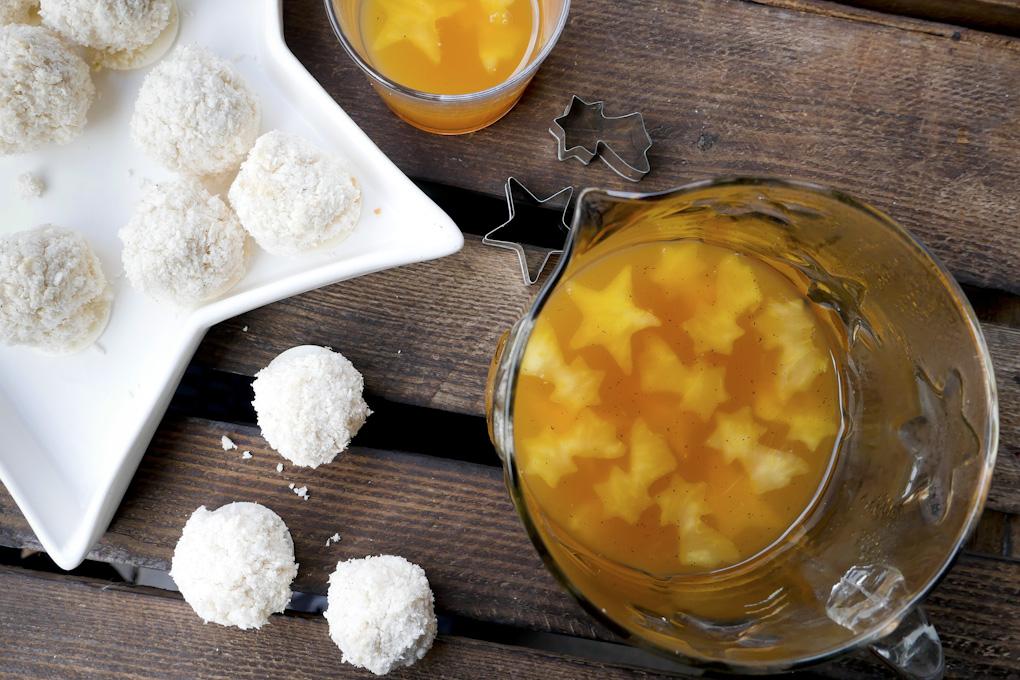 Bratapfelpunsch mit Zimt und Vanille
