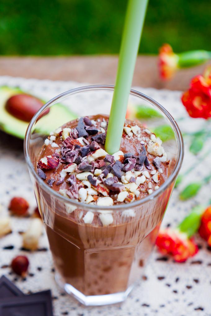 Frühstücks-Smoothie mit Kaffee und Schokolade