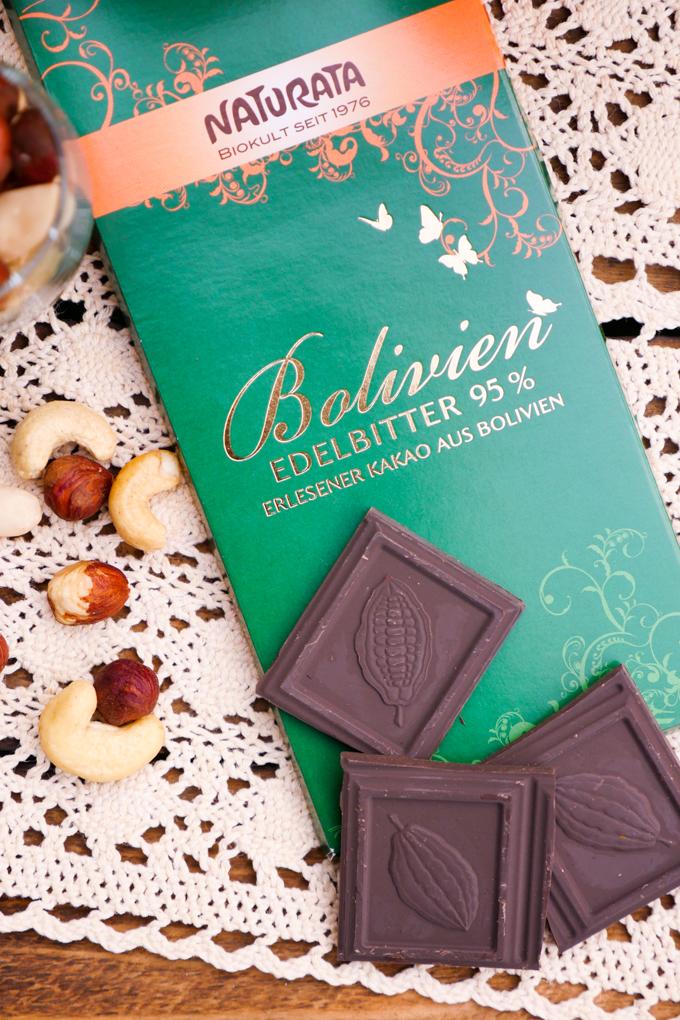 Naturata Edelbitter-Schokolade mit 95 % Kakaoanteil
