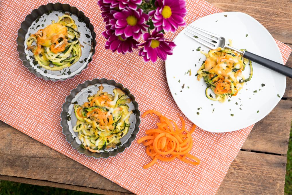 Überbackene Low Carb Zucchini- und Mörennudel-Nester