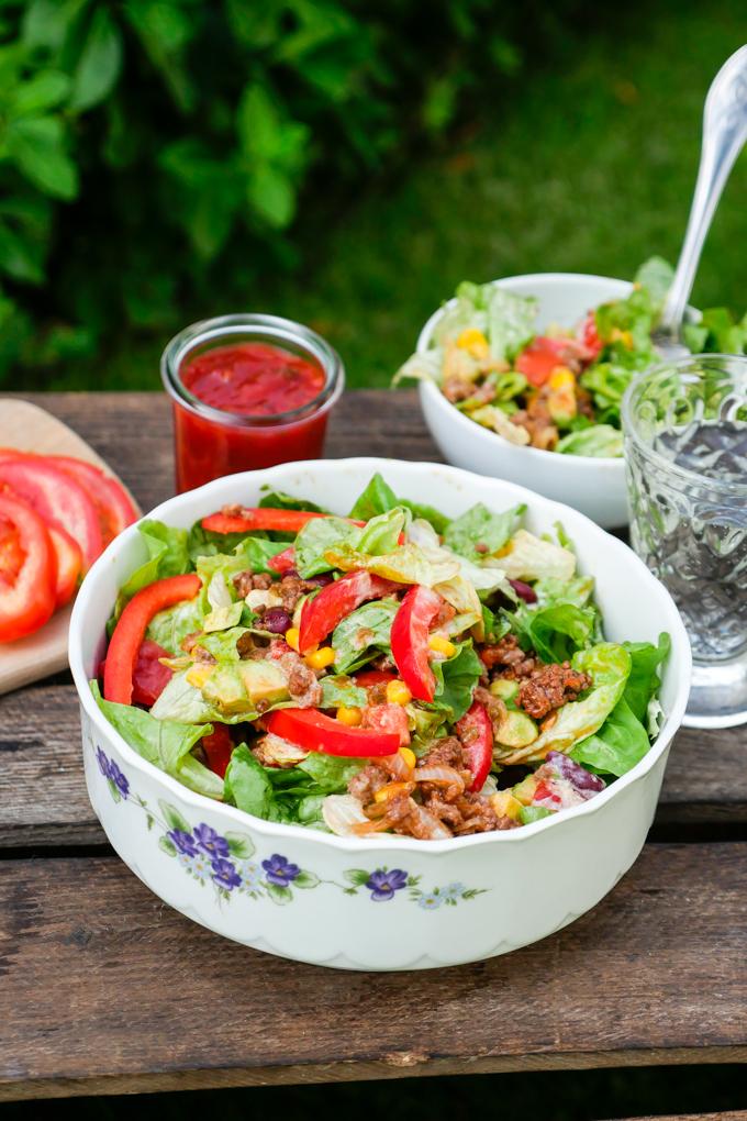 Mexikanischer Salat mit Hackfleisch - Low Carb