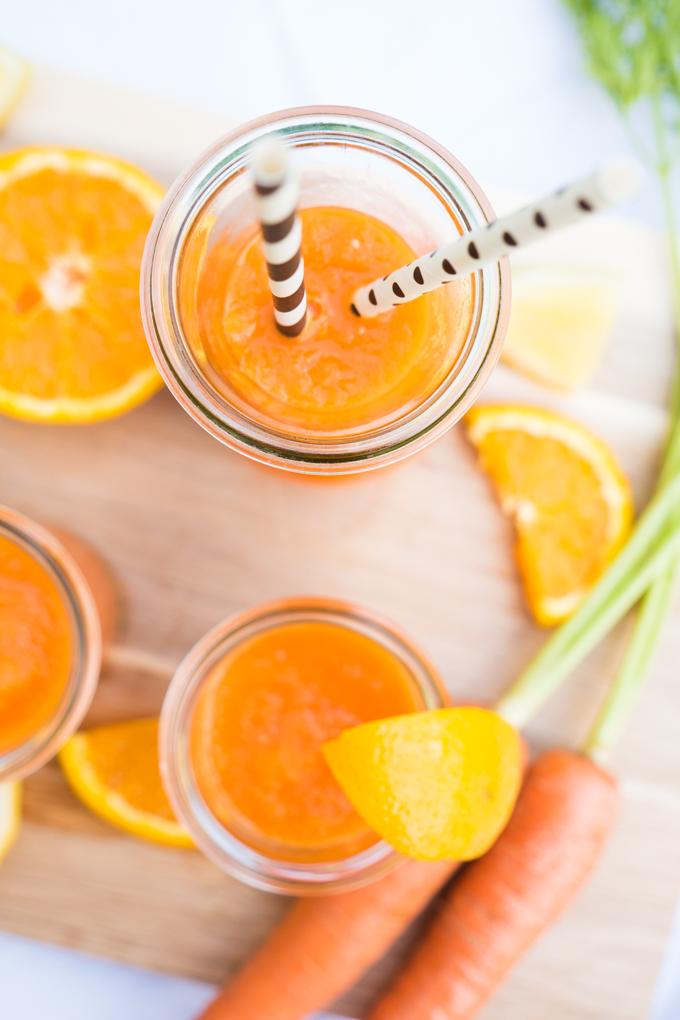 Vitaminkick für den Sommer - Orangen-Möhren-Smoothie