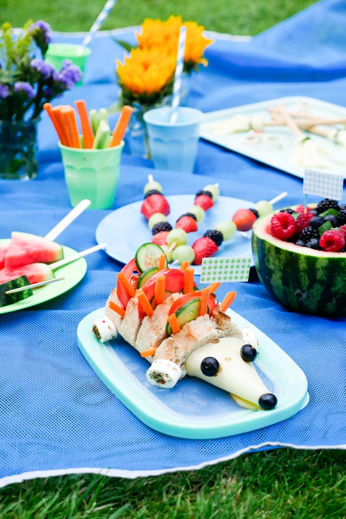 Gesundes Kinderpicknick mit dem Käseigel
