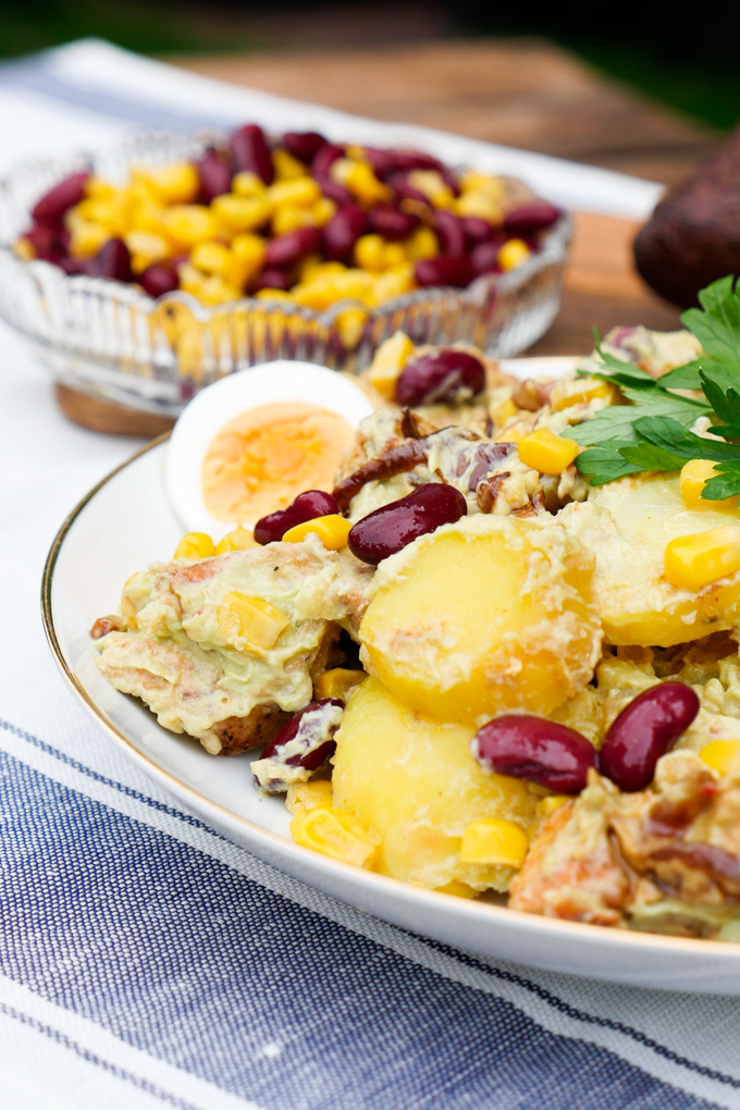 Kartoffelsalat mit Hähnchen und Avocado