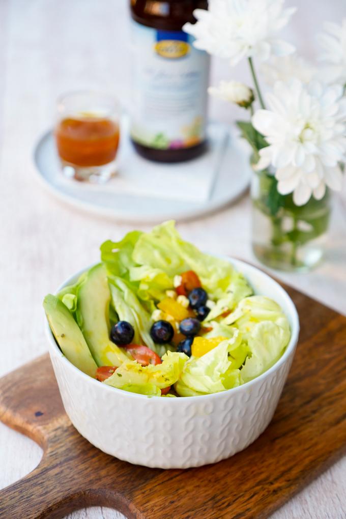 Fruchtiges Salatdressing mit LaVita