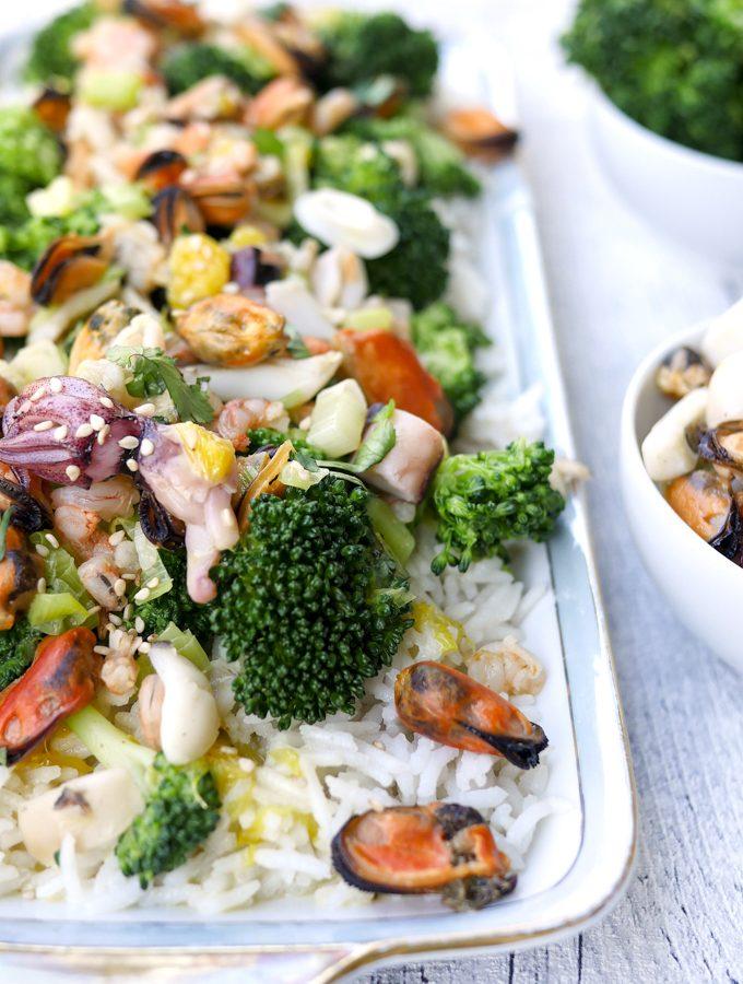 Reis mit Meeresfrüchten und Orangensauce