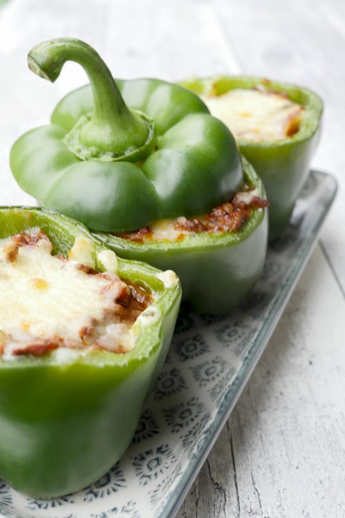 Low Carb und so lecker! Gefüllte Paprika im Lasagne-Style