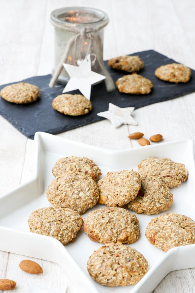 Gesunde Weihnachtskekse mit Mandeln und Ahornsirup - Genießen ohne Reue