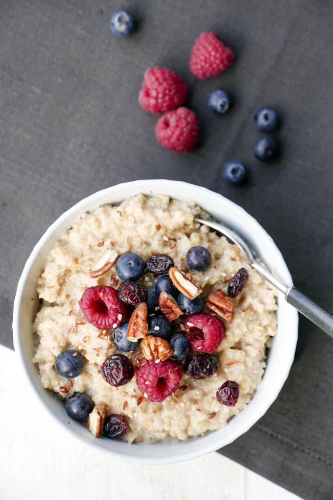 Schnelles und gesundes Vanille-Porridge mit nur 4 Zutaten