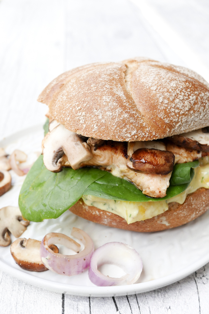 Weight Watchers Rezept - Lachs-Ananas-Burger mit Champignons