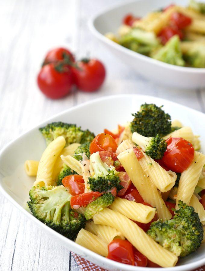 Schnelle One Pot Nudeln mit Brokkoli