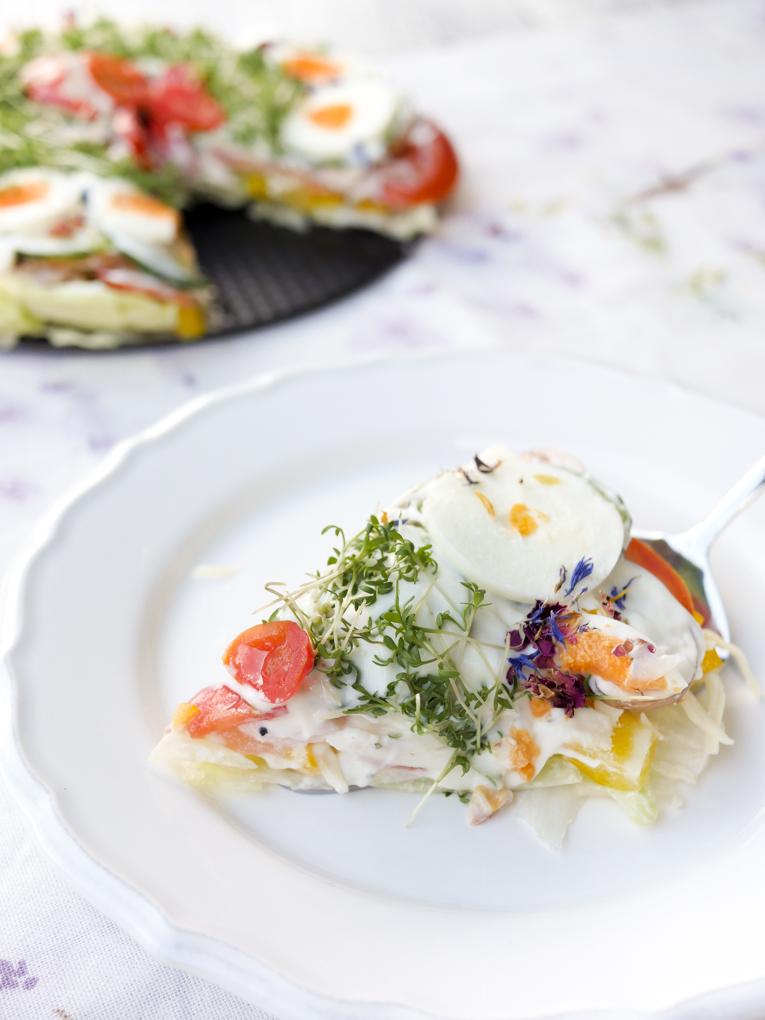 Gesunder Salatkuchen - ein schneller und leckerer Partysalat