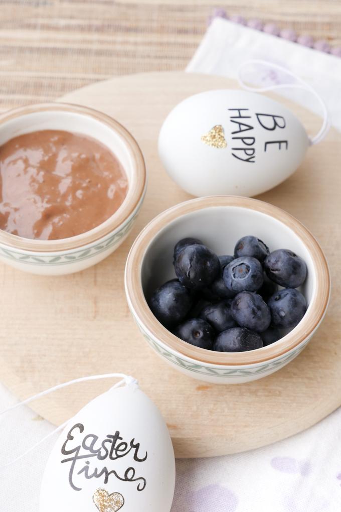 Cremige Schokocreme aus 4 Zutaten - perfekt als Topping für Pfannkuchen