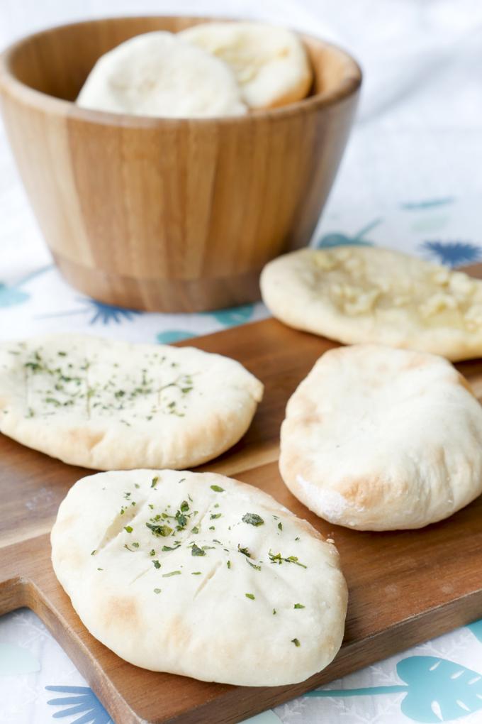 Schnelles Joghurt-Brot für die spontane Grillparty