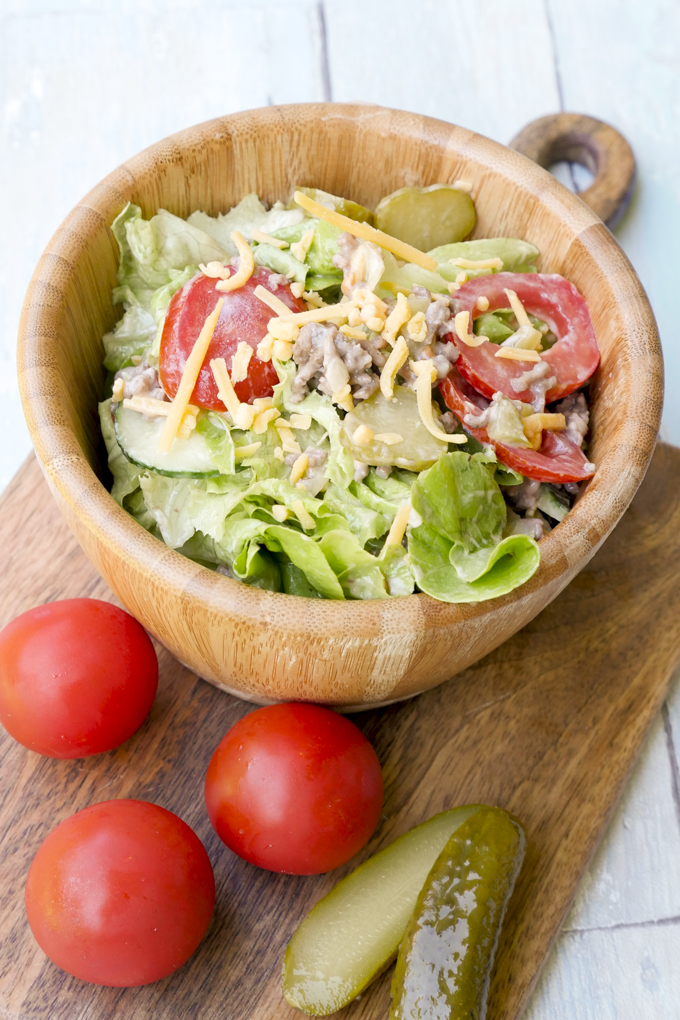 Low Carb Fast Food Rezept - Schneller Cheeseburger-Salat