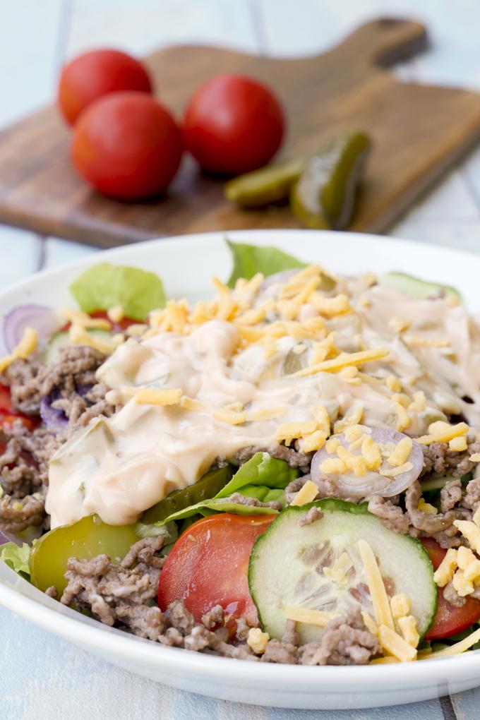 Cheeseburger Salat - der Salat für Männer