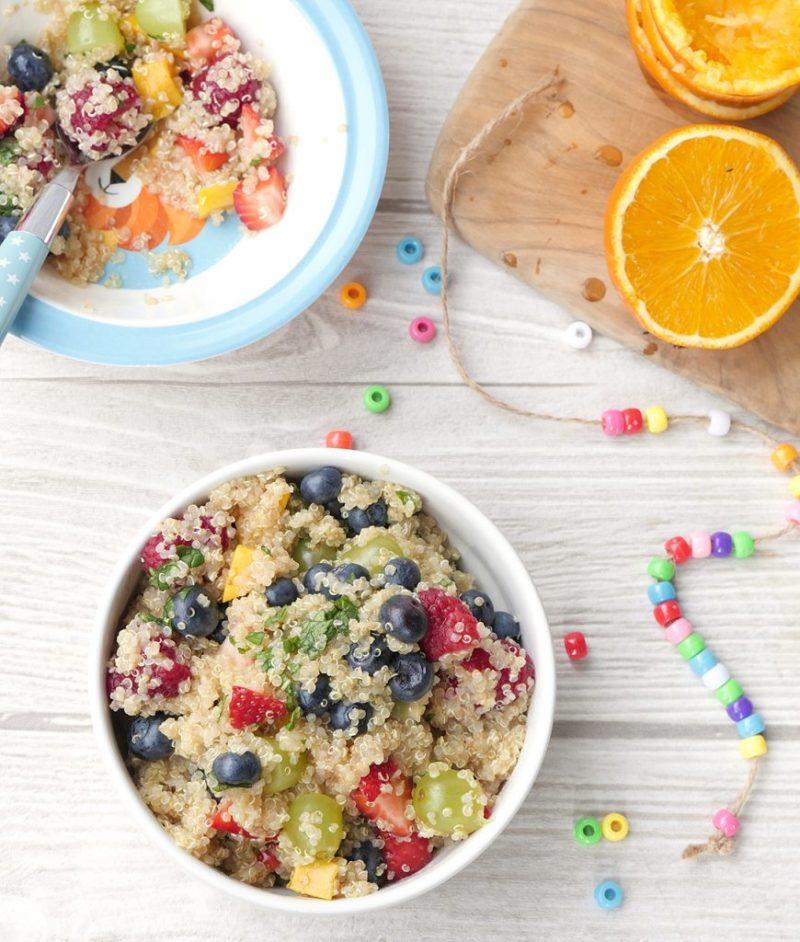 Obstsalat mit Quinoa - ein schnelles Frühstücks-Rezept für Kinder