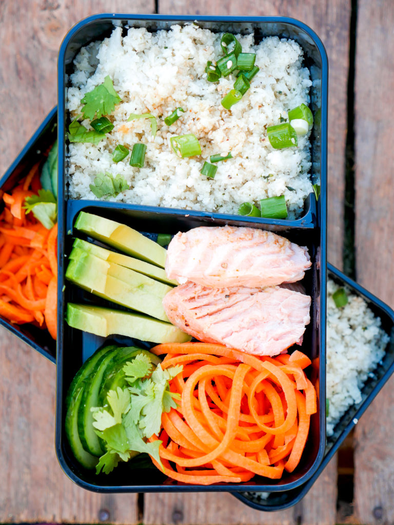 Low Carb Meal Prep Bowl - Lunchbox für die Mittagspause