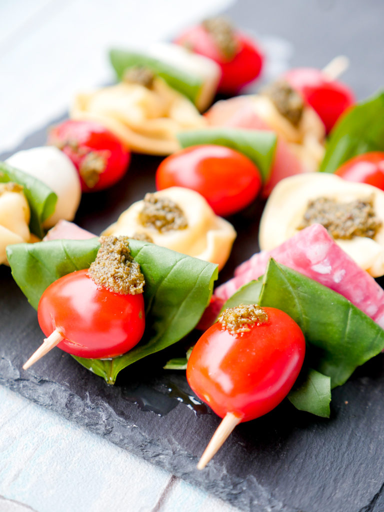 Nudelsalat Spieße Mit Tortellini Und Tomaten Ein Einfaches Partyrezept