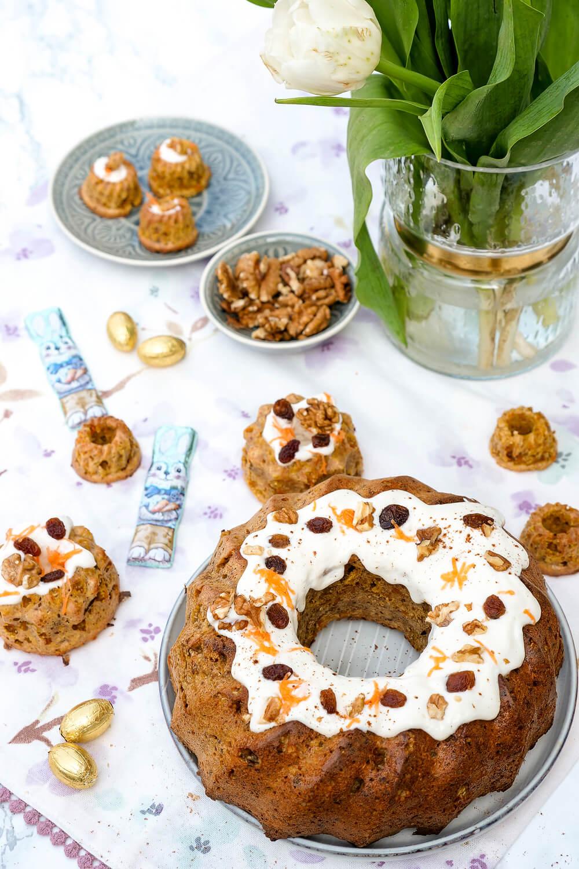 Gesunder Carrot Cake Gugelhupf zum Osterfest oder für die Geburtstagsparty