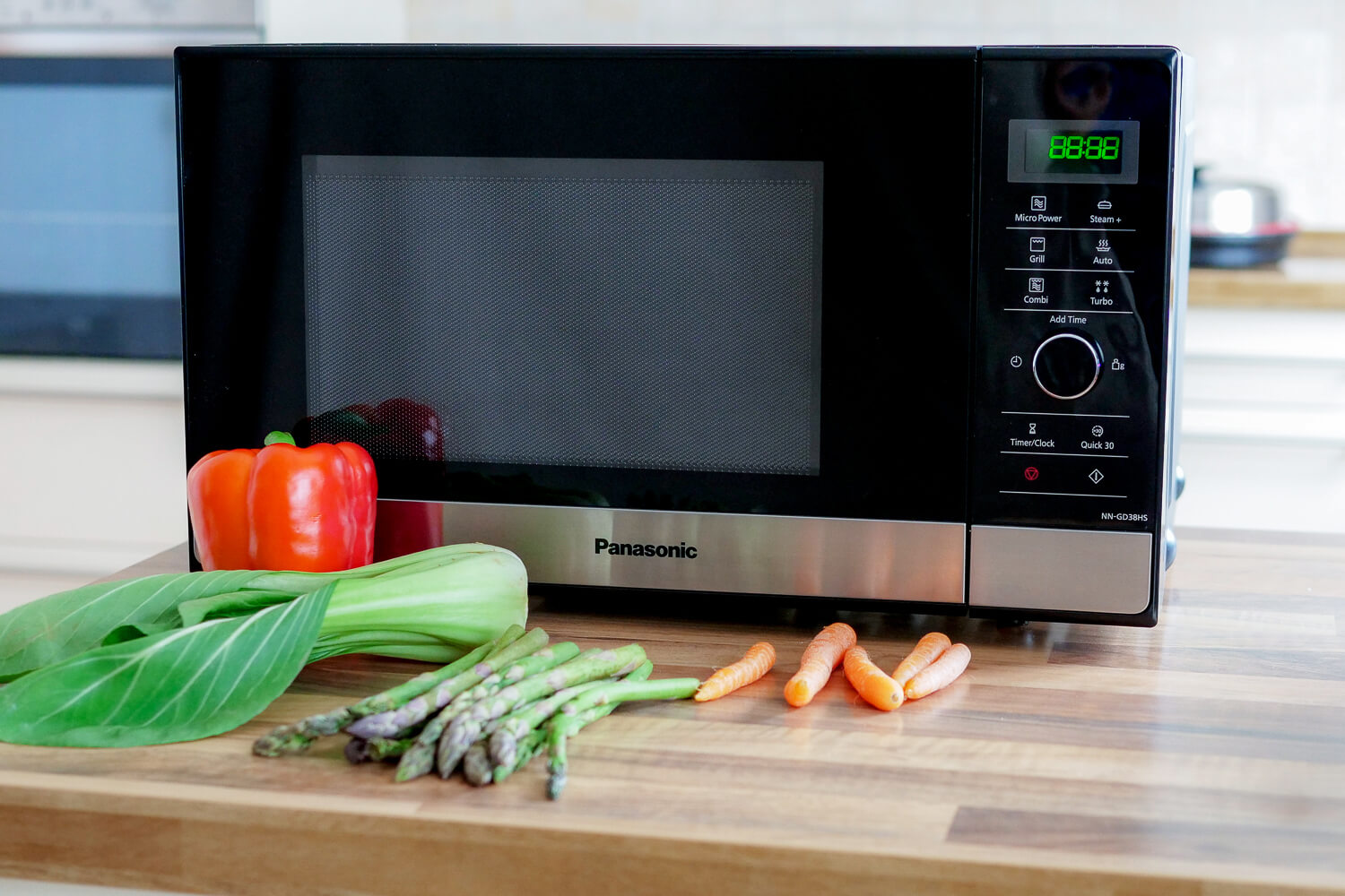 Panasonic GD38 - Mikrowelle, Grill & Dampfgarer in einem