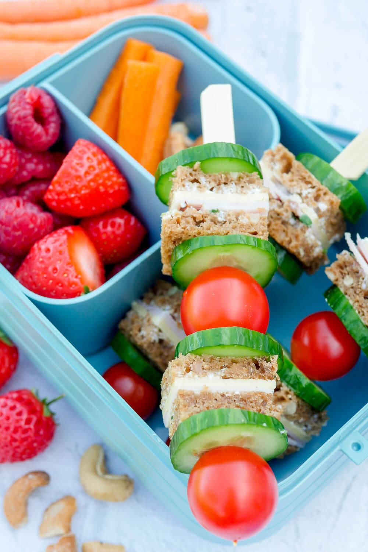 Kinder Lunchbox Rezept - ein einfaches Rezept für gesunde Brotspieße