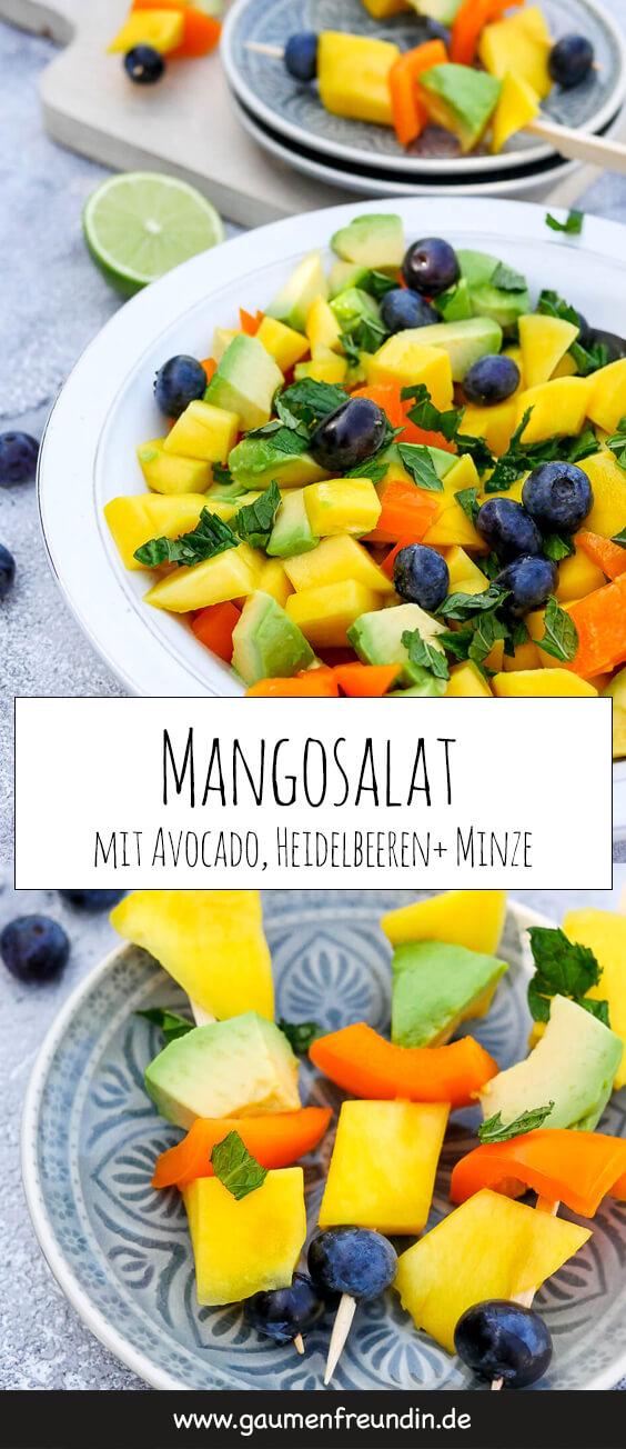 Einfacher Mangosalat mit Avocado, Paprika, Heidelbeeren, Minze und Limette - ein erfrischender Fruchtsalat