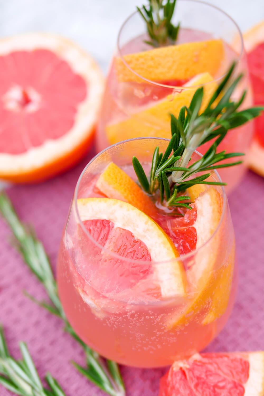 Meine beliebtesten Rezepte 2020 eröffne ich mit den wunderbar erfrischenden alkoholfreien Cocktails