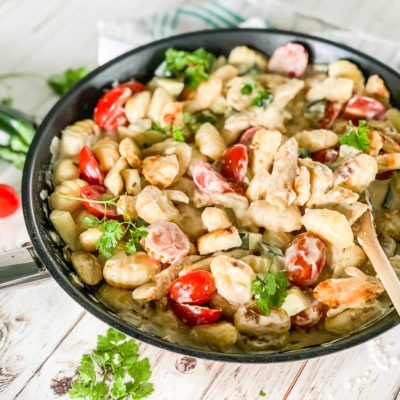 Gnocchipfanne mit Gemüse und Hähnchen