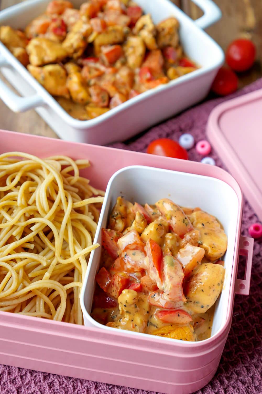 Meal Prep Lebensmittel und Grundlagen zum Konzept Vorkochen