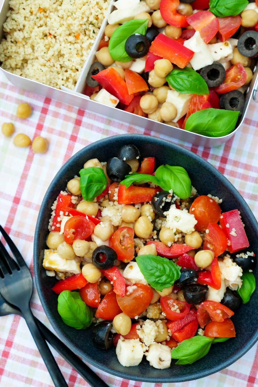 italienischer Couscous-Salat - ein schnelles und gesundes Mittagessen für die Lunchbox