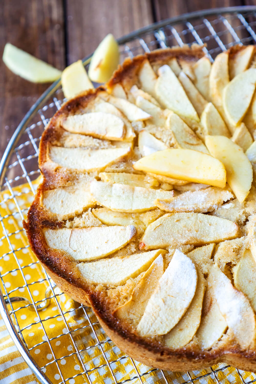 In 15 Minuten fertig - Einfaches Apfelkuchen-Rezept für alle, die nicht gerne backen