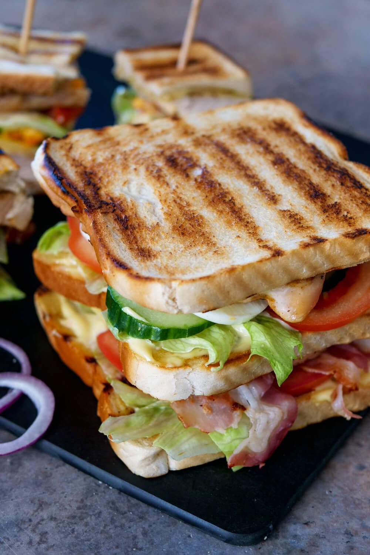 Belegtes Toast Sandwich für die Lunchbox - Mittagessen Rezept