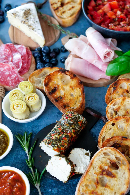 Bruschetta Platte statt Käseplatte - Perfekt für das Buffet