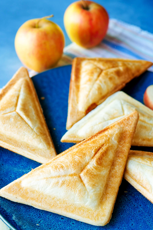 Genial einfache Apfeltaschen aus dem Sandwichmaker - 3-Zutaten-Rezept