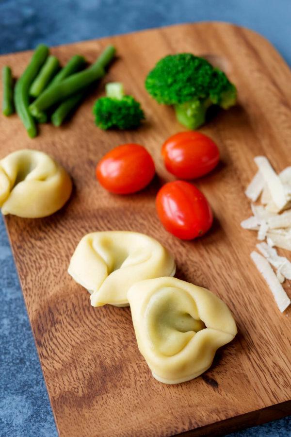 Zutaten für meine bunte Tortellini-Gemüse-Pfanne