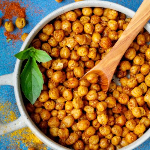 Geröstete Kichererbsen mit Paprika, Curry und Pfeffer aus dem Backofen