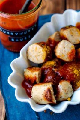 Currywurst-Soße zu Bratwurst selber machen