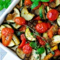 Kalorienarmes Ratatouille mit Zucchini, Aubergine und Paprika